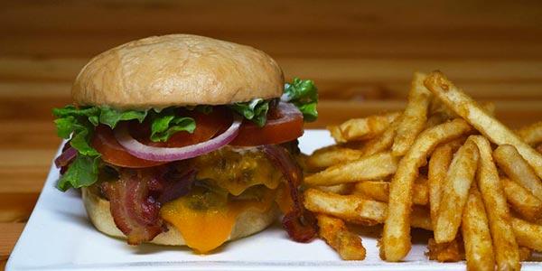 UKE_Denver_TracksideTavern_Burger