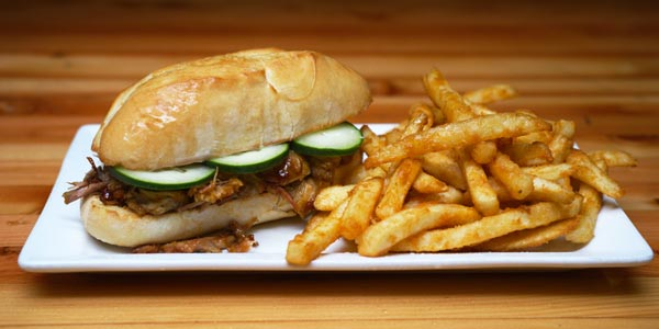 UKE_Denver_TracksideTavern_PorkSandwich